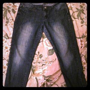 Kardashian Kollection Kourtney Jeans